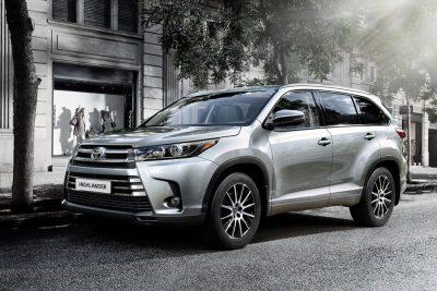 В Toyota назвали стоимость нового Highlander для России