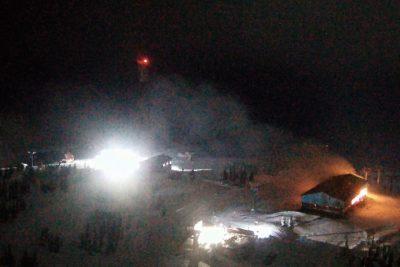 В МЧС назвали предварительную причину пожара на станции подъёмника в Шерегеше