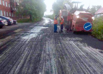 Более 11 тыс кв. м нового асфальта уложат на кемеровской улице