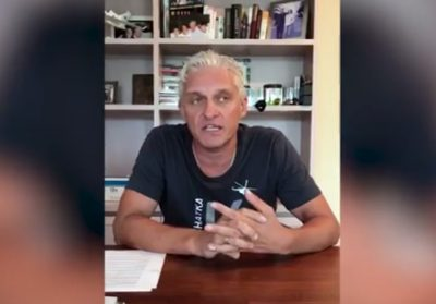 Тиньков объяснил в видеообращении за что подал в суд на NEMAGIA
