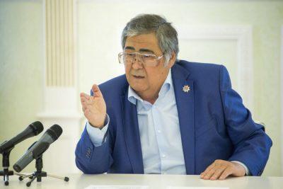 Губернатор Аман Тулеев переговорил по радиосвязи с заваленными горняками на шахте «Есаульская»