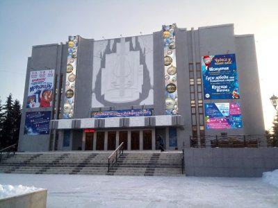 Кемеровчан приглашают на премьеру спектакля «Морозко.ru»