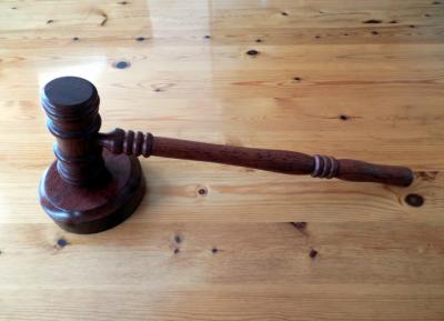 «Зарублю!»: кузбассовца будут судить за угрозу фельдшеру скорой помощи