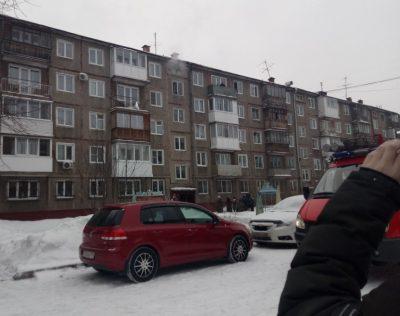 При пожаре в пятиэтажке в Кемерове спаслись девять человек