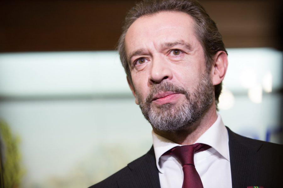 Известный актёр из Кузбасса внесёт поправки в Конституцию РФ