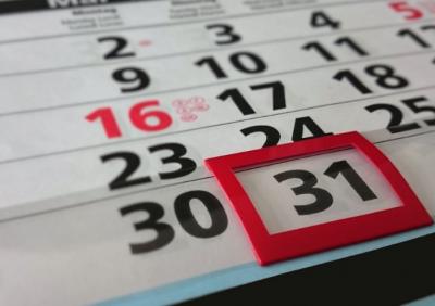 В Минтруде составили график выходных и праздников на 2019 год