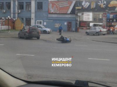 В ГИБДД рассказали подробности ДТП с мотоциклом на Красноармейской в Кемерове