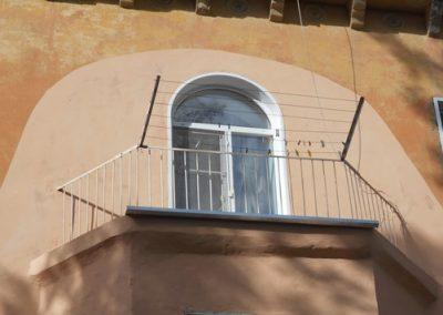 Госжилинспекция выявила в Кузбассе более 400 опасных балконов