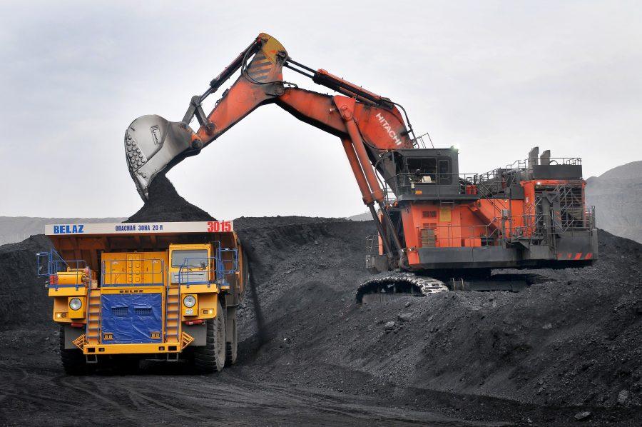 Добыча угля в России сократилась почти на 10% за полгода