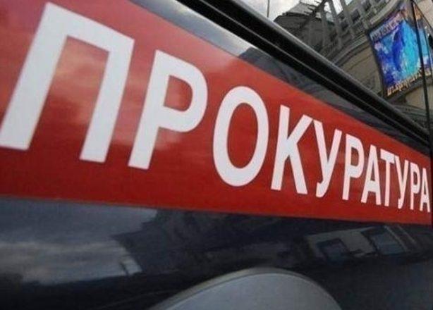 Кузбассовцы угнали грузовой автомобиль с охраняемой стоянки