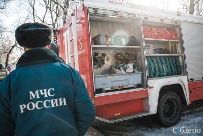 17 человек спасались из горящей кемеровской многоэтажки