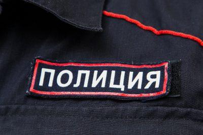 Видео: жительница Кузбасса нагло обокрала магазин и скрылась
