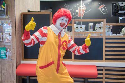 В новокузнецком «Макдоналдсе» нашли нарушения
