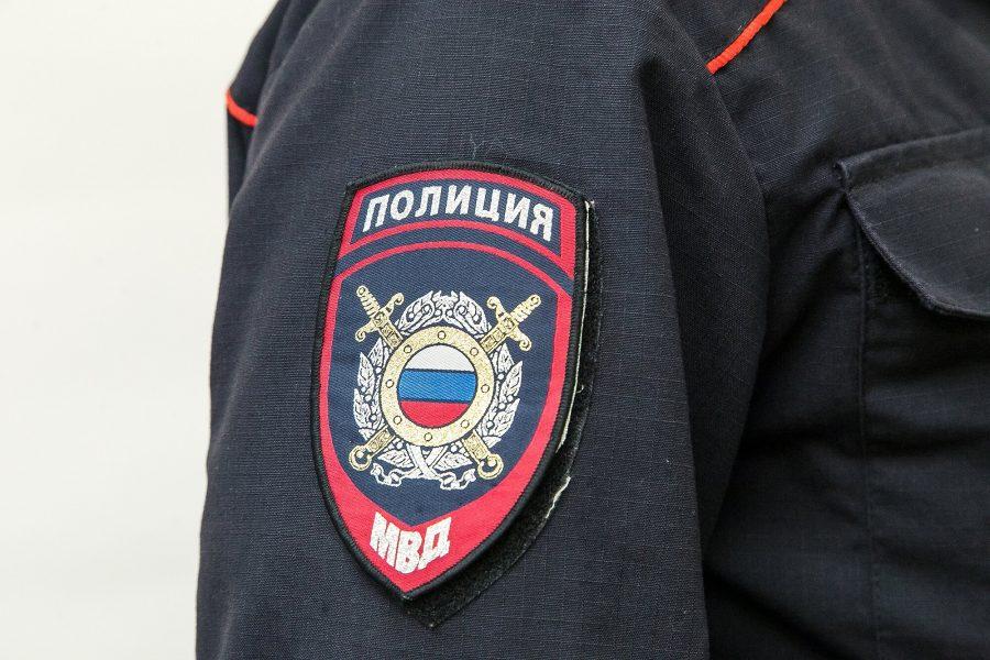 Кузбассовцев просят помочь найти угнанный у чемпиона России Land Cruiser