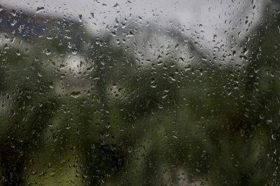 В Кузбассе прогнозируют сильные дожди, грозы и минусовую температуру