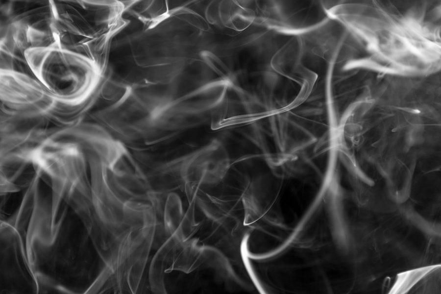 Десять кемеровчан оказались в плену едкого дыма