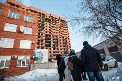 «Нас снова бросили»: дольщики кемеровского долгостроя лишились последней надежды