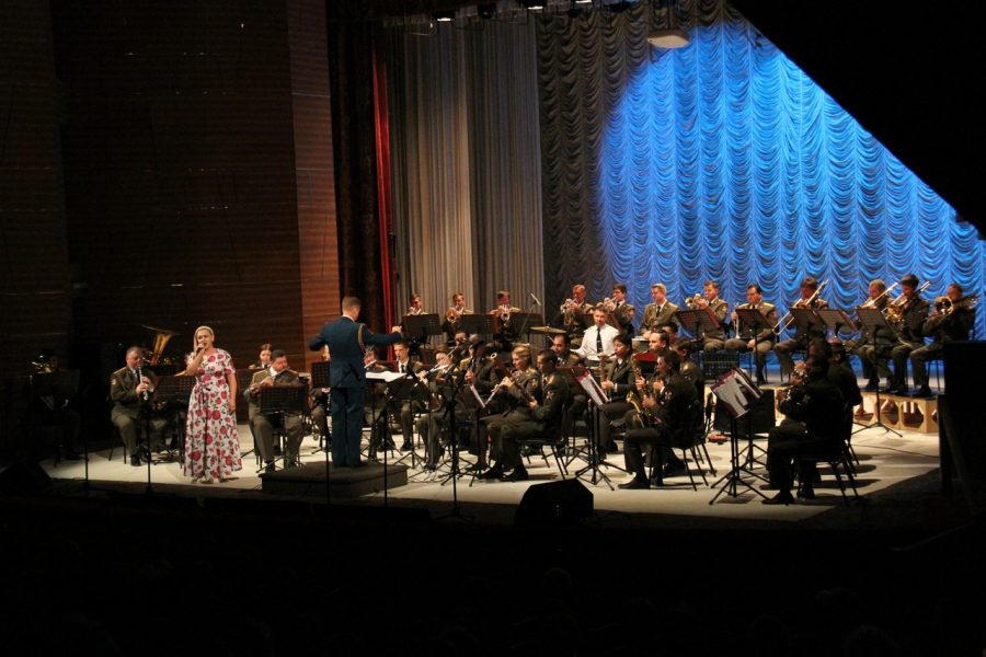 Фото, видео: москвичи устроили уникальное шоу в Кемерове