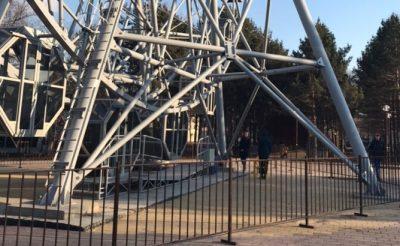 «Было очень страшно»: в кузбасском городе взбесилось колесо обозрения, есть пострадавшие
