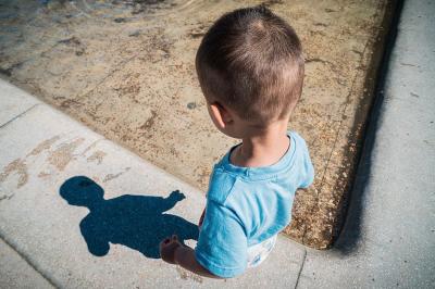 В Кемерове маленький мальчик пугал прохожих адом: подробности