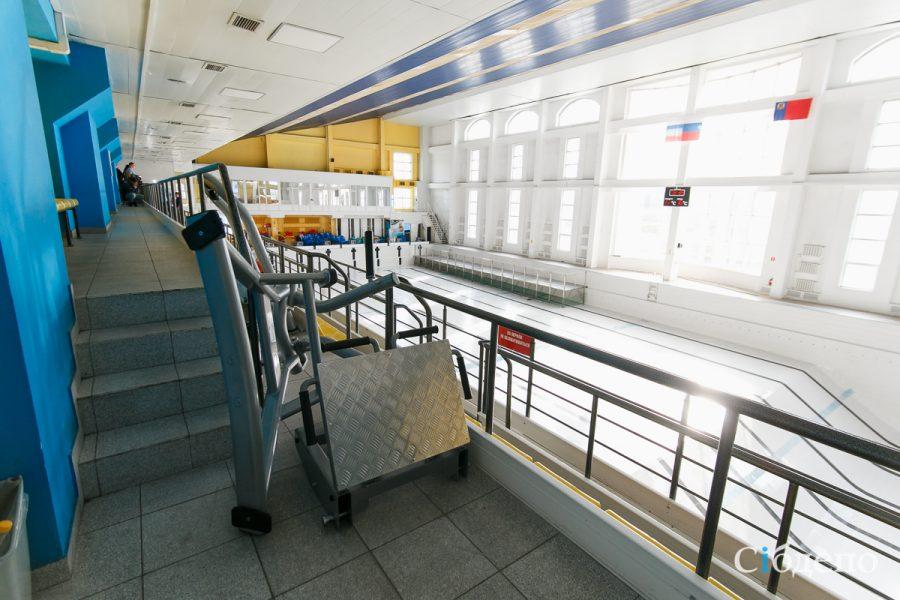 Фоторепортаж: что творится внутри «Лазурного» в Кемерове