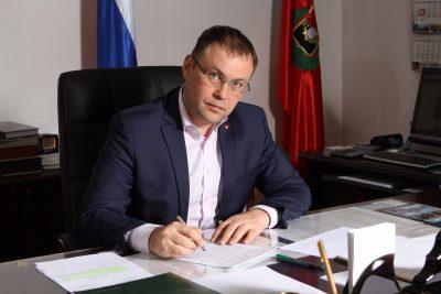 Илья Середюк рассказал о новых автобусах и трамваях в Кемерове