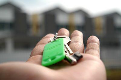 Кемеровчанин засудил застройщика за дырявую квартиру