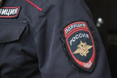 Кузбассовец решил уехать домой на авто друга, но врезался в дерево