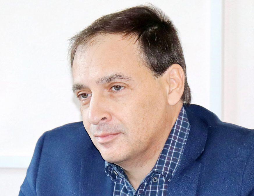 Кресло Елены Малышевой займёт врач-хирург