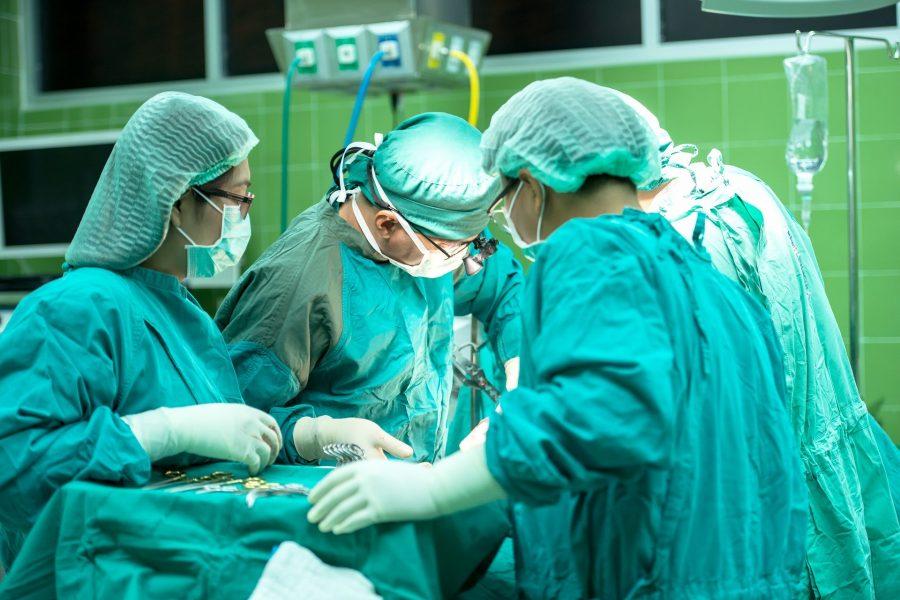Операции в сверхчётком 4К-разрешении проводятся в Кемеровской больнице