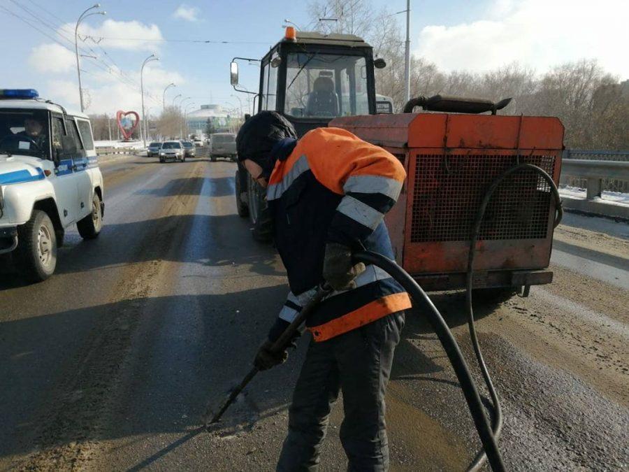 В Кемерове начался ямочный ремонт дорог