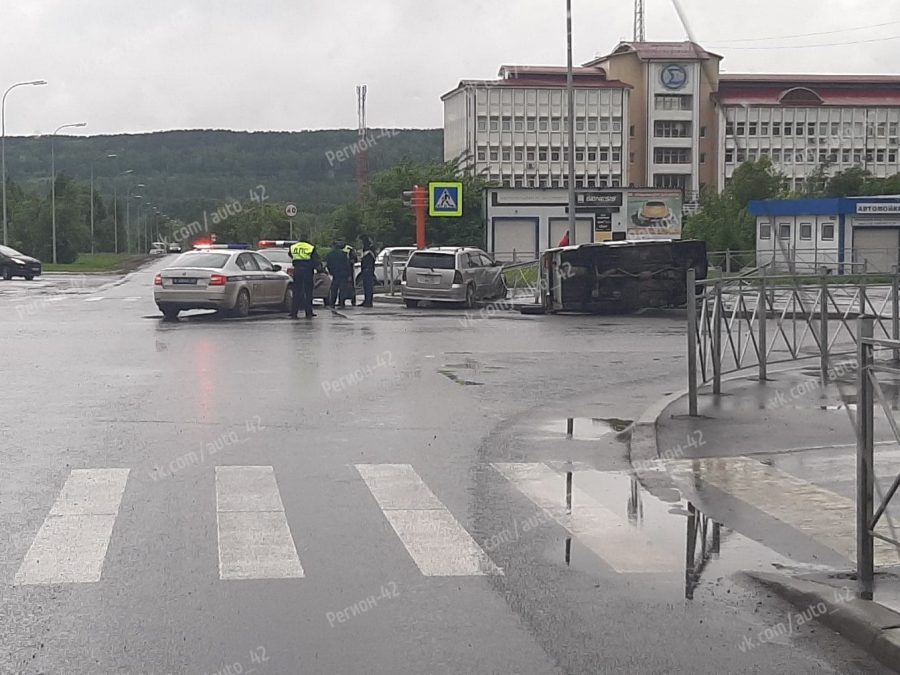 Пьяный водитель устроил жуткое ДТП в Кемерове